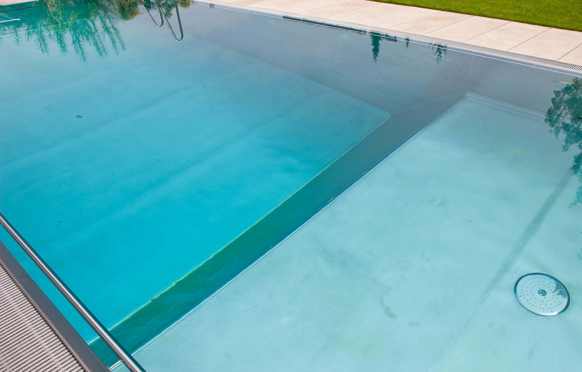 Pools_2500x1600_BZ4